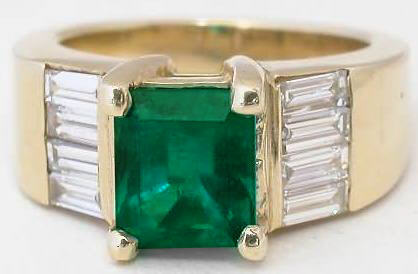 Genuine Emerald Ring in 14k yellow gold